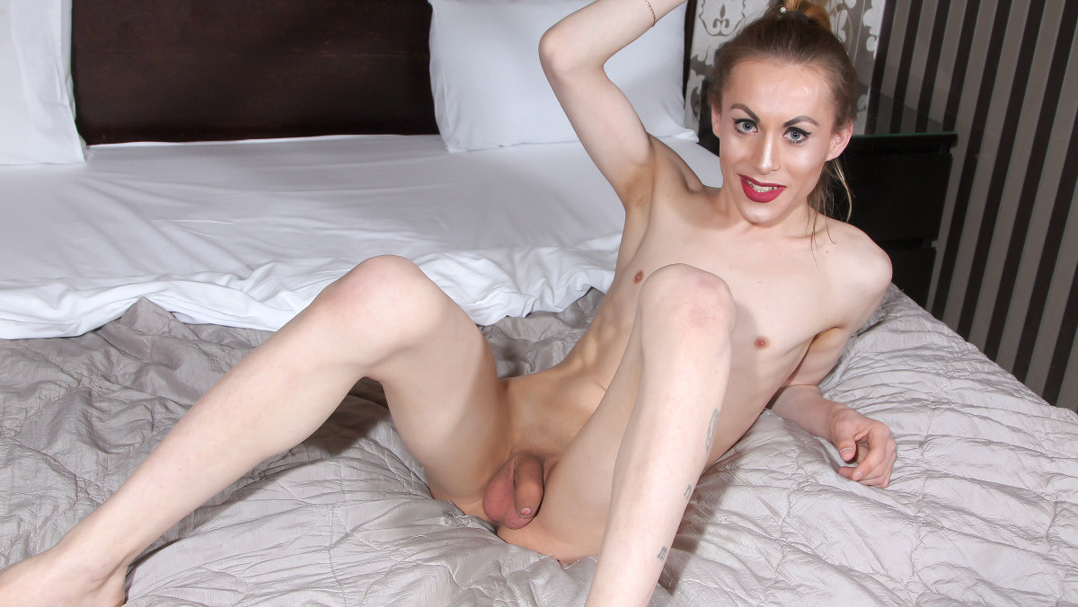 Ksenia Cums For You!